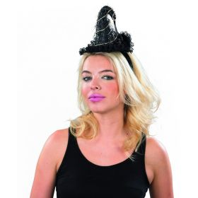 Halloween Cue With Witch Hat